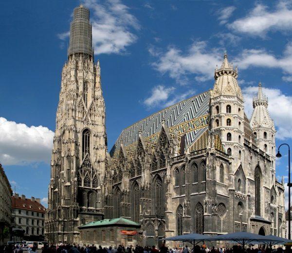 Viyana-Stephansdom-katedrali-Viyana-Aziz-Stephan-katedrali